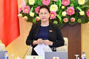 Chủ tịch Quốc hội đề nghị đại biểu không dự tiệc các Bộ mời trong thời gian kỳ họp