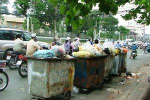 Mạnh tay xử lý xả rác, tiểu bậy ở đường phố