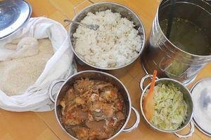 Thực phẩm mất an toàn bủa vây bữa ăn của trẻ