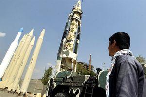 Phản ứng của Mỹ khi Iran có tên lửa chống hạm mới