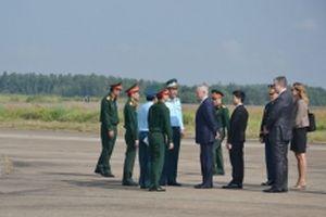 Bộ trưởng Quốc phòng Hoa Kỳ thăm khu xử lý môi trường ô nhiễm dioxin tại sân bay Biên Hòa