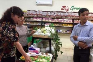 Giới thiệu sản phẩm gia súc, gia cầm sạch tới người tiêu dùng