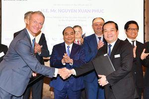 Thủ tướng: Tạo kỳ tích trong hợp tác vì lợi ích DN và người dân