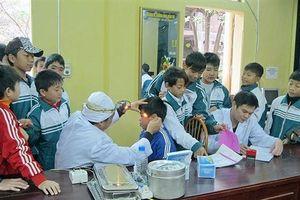 Y tế học đường: Những khó khăn cần tháo gỡ