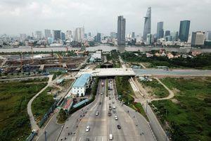 Người Sài Gòn chỉ có 3 ngả đường từ khu đông vào trung tâm TP.HCM