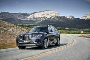 BMW X7 - đối thủ của Mercedes-Benz GLS lộ diện