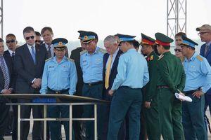 Bộ trưởng Quốc phòng Mỹ thăm nơi nhiễm dioxin nặng nhất Việt Nam