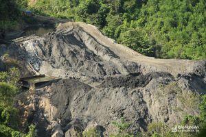 Nghệ An: 'Bom bẩn' vẫn treo trên núi sau 2 năm thảm họa vỡ đập chứa bùn thải