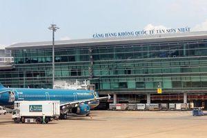 Người đàn ông nước ngoài tự tử tại sân bay Tân Sơn Nhất