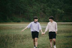 Chuyện tình lãng mạn của cặp đôi 'gà bông' trong bộ ảnh 'Our story'