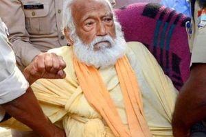 Nhà hoạt động môi trường Ấn Độ tuyệt thực đến chết để phản đối ô nhiễm sông Hằng