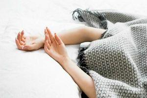 6 lý do khiến bạn bỏ thói quen ngủ trùm chăn kín đầu