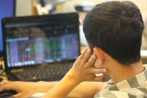 Tin chứng khoán 17/10: Giảm sâu từ đỉnh, TTCK Việt Nam liệu đã rẻ?