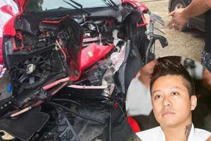 Ngoài chiếc Ferrari 488 GTB vừa gặp nạn, ca sĩ Tuấn Hưng còn sở hữu siêu xe nào?