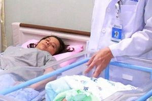 Kỳ tích ca mổ cứu thai nhi và cắt bỏ khối u nặng 5,3 kg