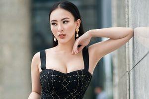 Hot girl Thu Hoàng khoe ngực đầy, eo thon