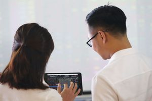 VN-Index rơi, quỹ đầu tư chơi vơi hiệu quả