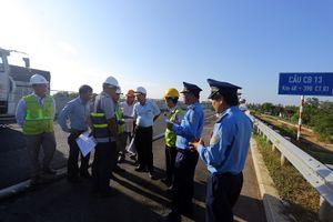 Cao tốc Đà Nẵng - Quảng Ngãi sửa chữa mặt đường cơ bản đạt yêu cầu