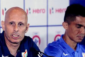 LĐBĐ Ấn Độ đau đầu vì đội trưởng tuyển quốc gia đòi sa thải HLV