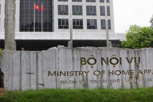 Vụ trưởng Vụ Tiền lương lập khống hồ sơ bòn rút tiền ngân sách
