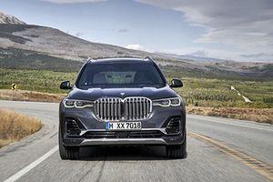 SUV hạng sang BMW X7 mới chốt giá từ 1,7 tỷ đồng
