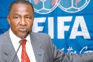 Thêm một cựu quan chức FIFA bị loại trừ khỏi bóng đá