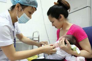 Trẻ mắc sởi tăng 22 lần, Bộ Y tế mở chiến dịch tiêm miễn phí