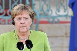Nhà sử học Đức bình luận về 'tiêu chuẩn kép' của Thủ tướng Merkel