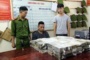 Bắc Kạn: Bắt vụ vận chuyển 198 bánh heroin bằng xe đầu kéo