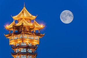 Trung Quốc muốn phóng 'mặt trăng giả' lên trời để thay đèn đường