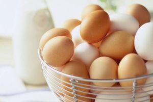 Cách nhận biết trứng gà còn tươi hay đã hỏng