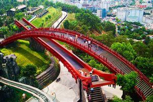 Phát mê với màn tỏ tình tại cây cầu tình yêu ở Hạ Long