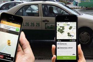 Ý kiến trái chiều về điều kiện kinh doanh taxi