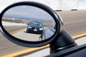 Lái xe ô tô mà không biết những điểm mù này rất dễ gây tai nạn