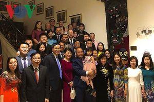 Thủ tướng Nguyễn Xuân Phúc gặp gỡ cộng đồng người Việt tại Bỉ