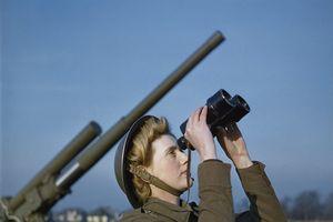 Thế chiến thứ II qua những bức ảnh màu hiếm thấy