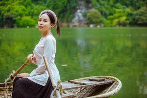 Sao mai Hồng Duyên gây bất ngờ khi hóa thân thành phụ nữ xưa