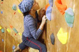 Tường leo bộ môn leo núi thể thao không vượt quá 4,5m