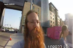 Phượt thủ Nga quyết định không cạo râu trong gần 3 năm