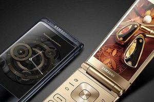 Điện thoại nắp gập Samsung Galaxy W2019 chờ ngày xuất kích
