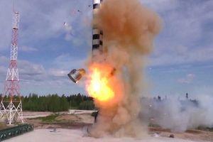 Tổng thống Putin: Nga đã vượt đối thủ bằng vũ khí siêu thanh chính xác
