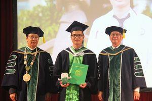 Khoa Y - ĐH Quốc gia TPHCM: 92 sinh viên Y Đa khoa nhận bằng tốt nghiệp