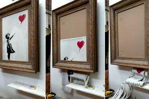 Bức tranh 'cắt nát 1/2 vẫn bán được 1,4 triệu USD' lẽ ra đã có số phận bi thảm hơn