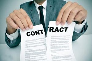 Buộc thôi việc một chấp hành viên vì làm sai lệch hồ sơ thi hành án