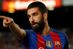 Cầu thủ của Barcelona bị điều tra về mối quan hệ với nhóm khủng bố