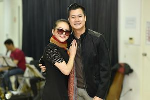 Sau tin đồn cưới Ngọc Sơn, Như Quỳnh rạng rỡ bên Quang Dũng tập show