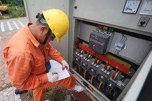 Áp dụng giá bán điện mới: Nhiều người thuê trọ vẫn lo
