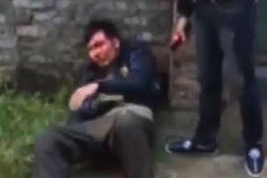 Trộm chó, nam thanh niên bị người dân vây đánh chảy máu đầu