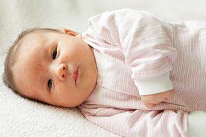 Trẻ sơ sinh bị nhiễm trùng: Nguyên nhân và cách phòng tránh