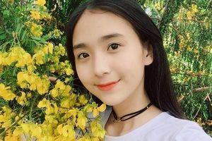 Nữ sinh Học viện Hàng không Việt Nam thể hiện khả năng vũ đạo